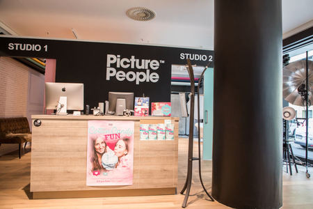 Fotostudio Wuppertal Theke PicturePeople